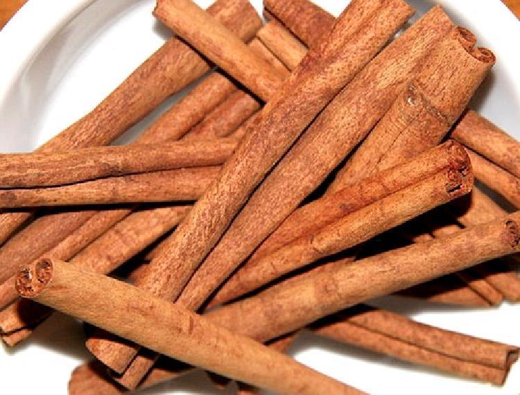 Canela, una especia muy antigua sus origenes y sus usos