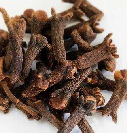 Clavo de olor, características y propiedades de esta especia tan particular