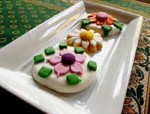 Tentadoras galletitas decoradas con flores