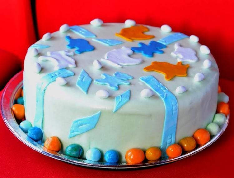 Baño Blanco Para Budines:Torta de cumpleaños infantil