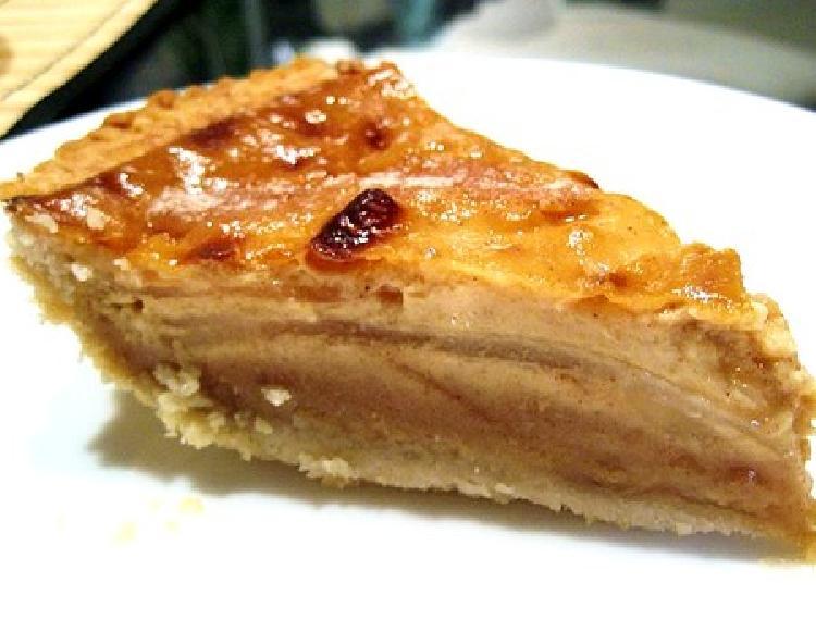 torta de pera en capas