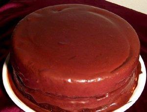Torta con chocolate y almendras