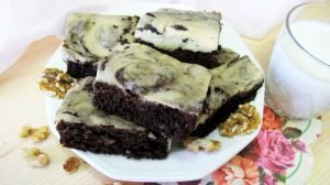 Brownie cheesecake vegano