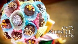 Bombones de chocolate y coco