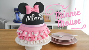 Como decorar una torta de MINNIE MOUSE