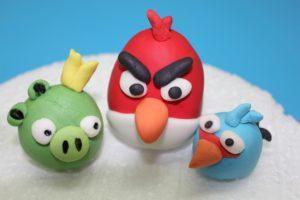 Como modelar personajes de Angry Birds en fondant