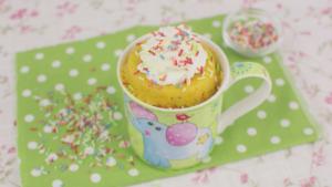 Mug Cake de Confeti